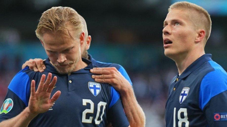 Pohjanpalo marcó el primer gol en la historia de Finlandia en este torneo y se aguantó la celebración debido a lo ocurrido con Eriksen.