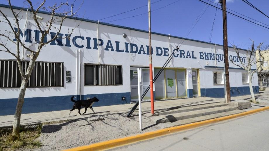 Personal contratado de Godoy podrá concursar para pasar a planta permanente. (Foto Néstor Salas)