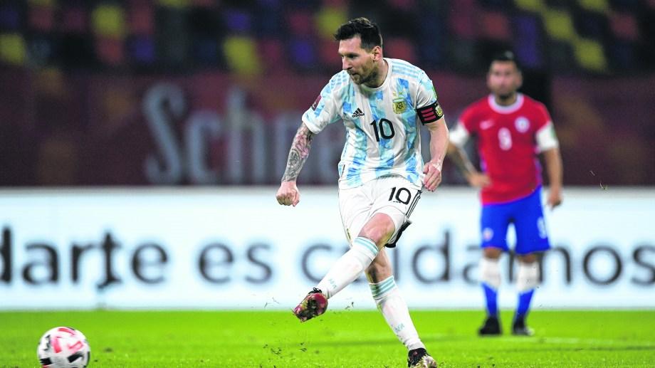 Leo Messi espera que la tercera sea la vencida en Brasil.(Juan Mabromata, Pool via AP)