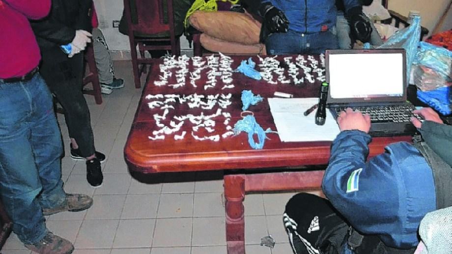 En septiembre del año pasado se realizaron 13 allanamientos y se secuestraron 5 kilos de cocaína.
