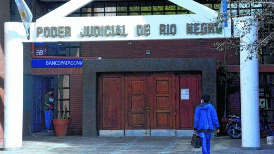 Los hechos ocurrieron desde que las víctimas eran menores hasta su mayoría de edad. Foto Archivo: Marcelo Ochoa