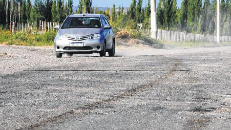 En los próximos días se realizará el llamado a licitación para la pavimentación de los caminos rurales, según lo anunciado por el municipio de Chichinales.