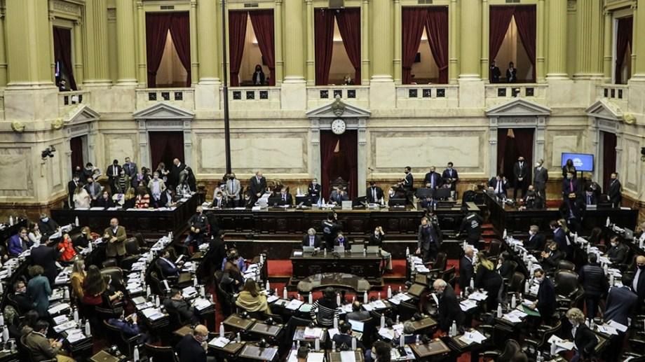 Diputados convirtió en ley el proyecto que promueve paridad de género en medios de comunicación.