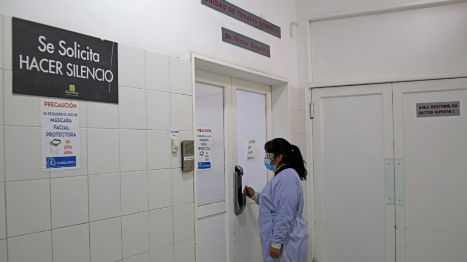 En Río Negro son unos 8.000 y en Neuquén unos 7.000 los agentes de clínicas, sanatorios y hospitales privados. (Foto: Juan Thomes)