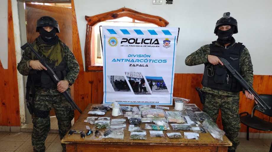 En los allanamientos en Aluminé se secuestraron cocaína y marihuana. Foto: Gentileza