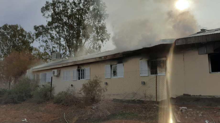 Aguada San Roque, el paraje donde ocurrió la explosión de la escuela, está a 60 kilómetros de Añelo, epicentro de Vaca Muerta.