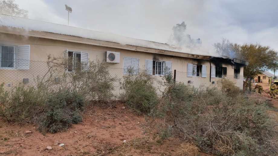 Las escuela de Aguada San Roque estaba en obra. Antes de la explosión se dictaron clases presenciales. (Gentileza).-