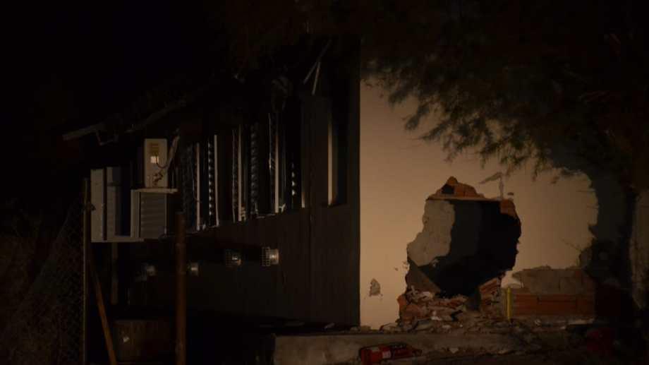 La explosión se habría originado por una fuga de gas. Foto: Yamil Regules