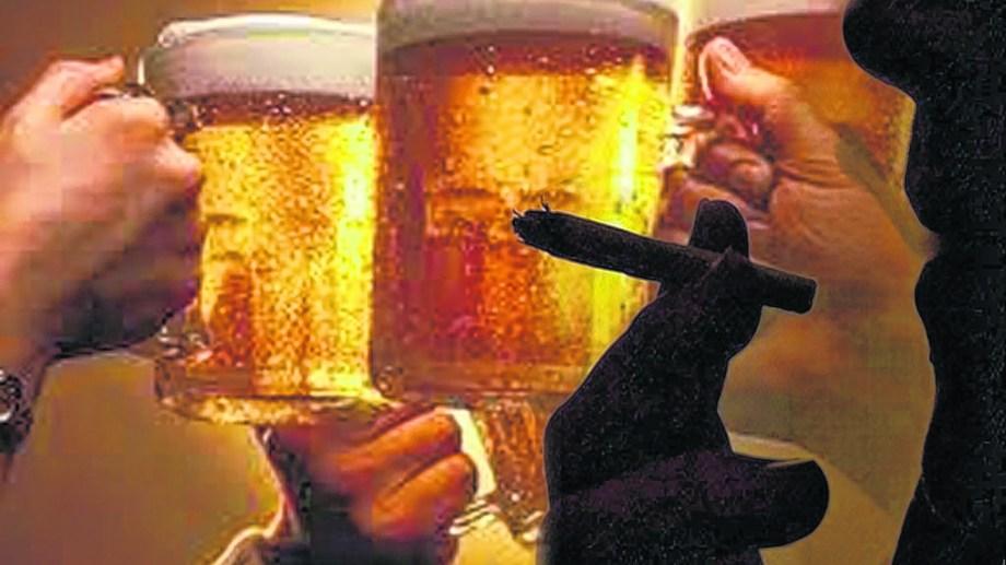 Con el cierre de bares y boliches y con la cancelación de los encuentros sociales adolescentes y jóvenes disminuyeron el uso de bebidas alcohólicas.