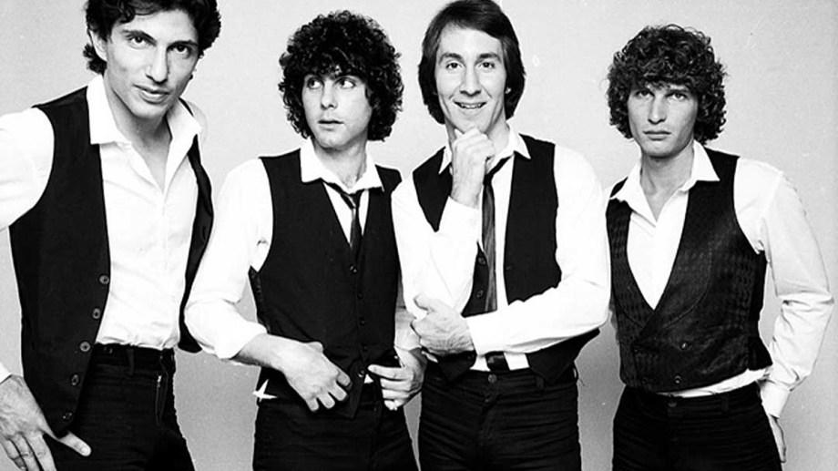 """Doug Fieger, tercero desde la izquierda, cantante, guitarrista y autor de la letra de """"My Sharona""""."""