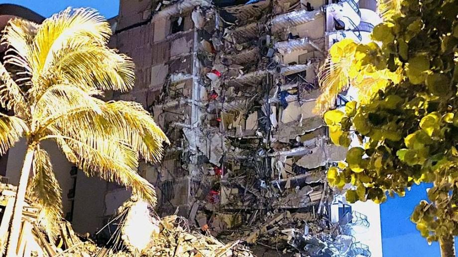 El edificio que colapsó en Miami tiene 12 pisos, 144 unidades funcionales y fue construido en 1981.