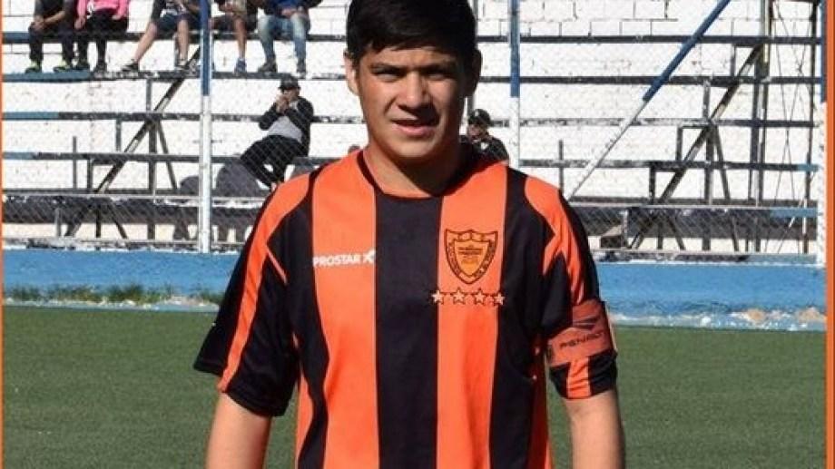 El joven fue despedido desde el club Petrolero Argentino (Gentileza)