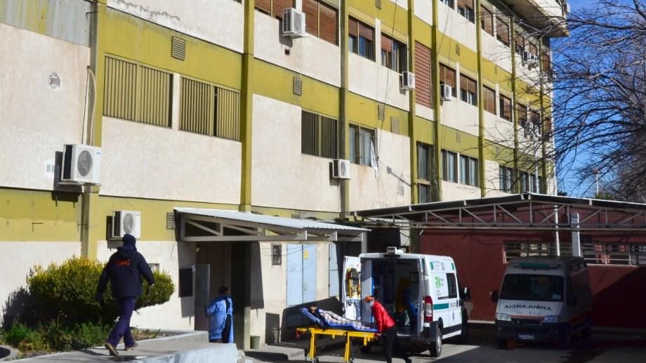 El hospital de Regina tiene plena ocupación de las camas de UTI. (Foto Néstor Salas)