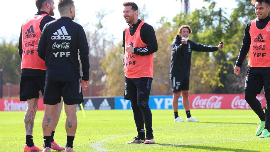 Leo Messi y compañía ya saben cuándo debutan en la Copa América. Foto: twitter Selección Argentina