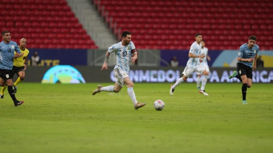 Lionel Messi hizo un gran partido contra Uruguay y hoy tiene la misión de mantener el rendimiento.