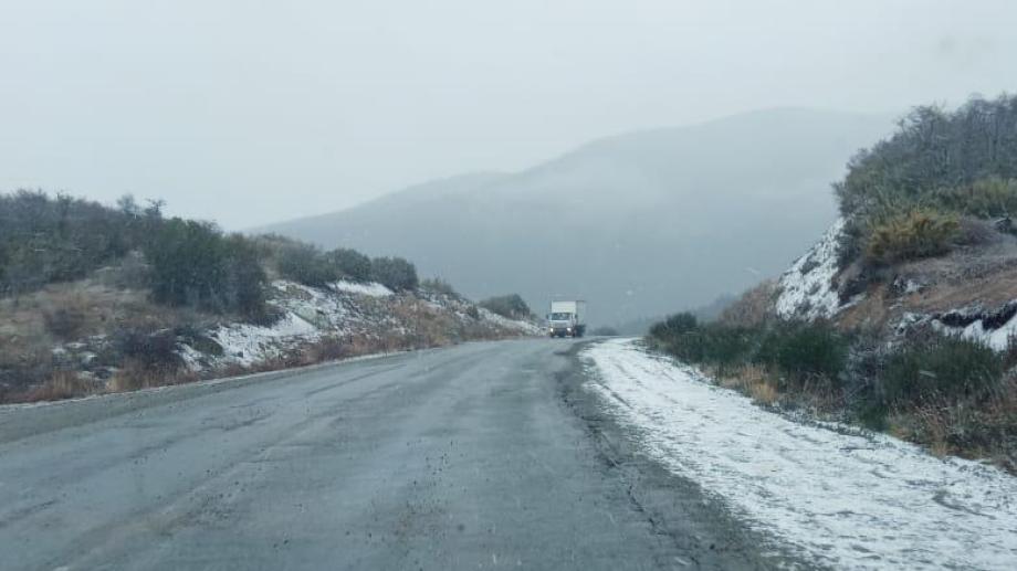 En el comienzo de este martes solo se registran lluvias en la ruta 40, pero se esperan nevadas. Archivo