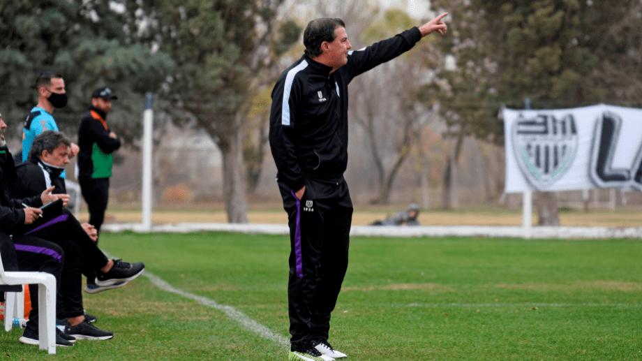 Raggio destacó el trabajo de su equipo, en especial en el segundo tiempo. (Foto: Florencia Salto)