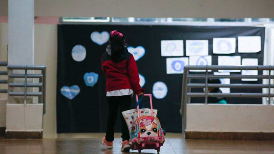 Los alumnos volvieron a las aulas esta mañana. (foto: Juan Thomes)