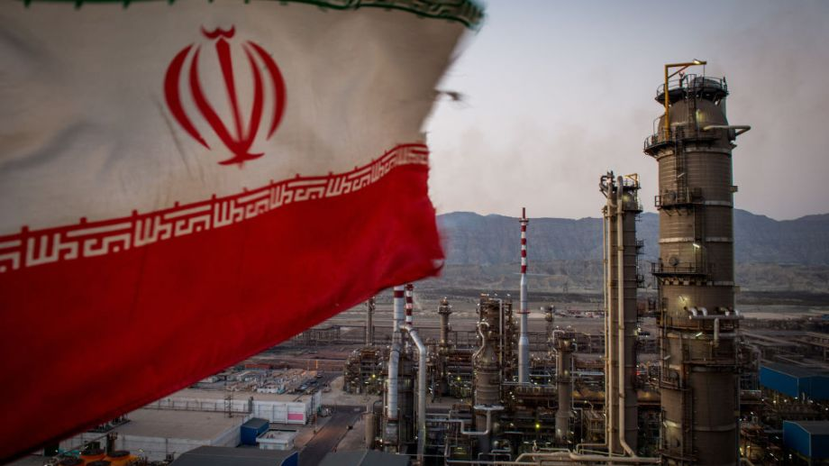 El país ya comenzó a ofrecer cargamentos de petróleo a precios por debajo de los de mercado para recuperar sus clientes. (Foto: gentileza)