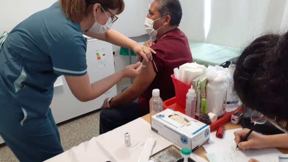 Amplían los esquemas de vacunación en Regina, Huergo y Godoy.