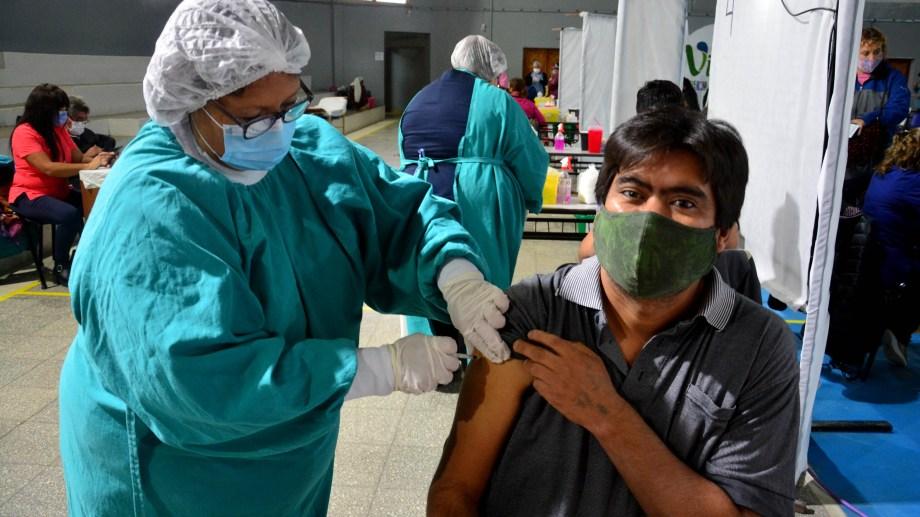 La llegada de vacunas permitiría acelerar la vacunación en el país.