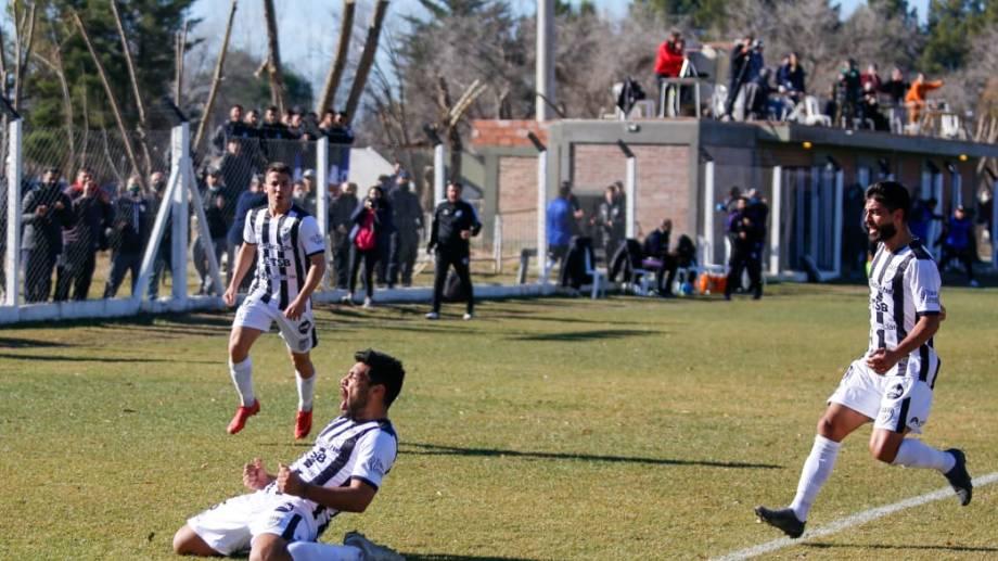Gritalo, Lucas. Mellado abrió el marcador y sigue en lo más alto de la tabla de goleadores. Foto: Juan Thomes