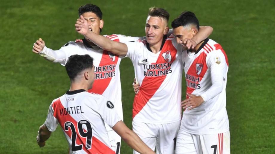 Braian Romero (19), festeja el segundo gol de River que enfrentó a Argentinos Juniors en el partido revancha de los octavos de final de la Copa Libertadores. Foto: Télam