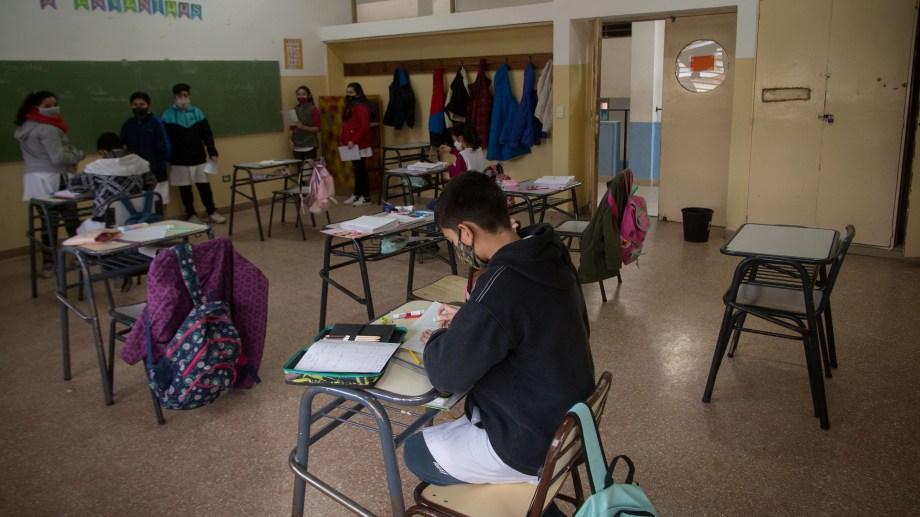 Desde el Consejo de Educación de la zona Andina, aseguran que se aprovechó el receso invernal de tres semanas para adecuar los edificios escolares y dejarlos listos para la vuelta de los alumnos, programada para el próximo lunes. Foto: archivo