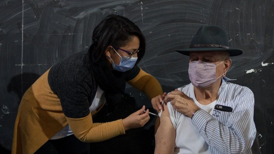 En cuatro horas se vacunaron alrededor de 500 personas. Foto: archivo