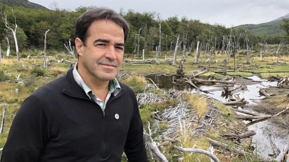 Conservación. Emiliano Ezcurra sostiene que salvar bosques es una manera de actuar contra el cambio climático.