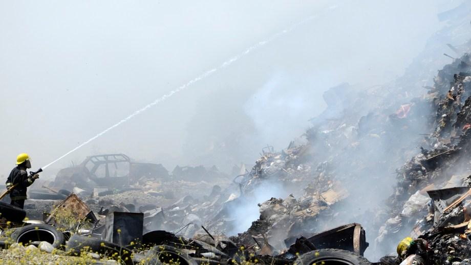 El problema del vertedero de basura de Bariloche motivó un recurso de amparo impulsado por vecinos afectados por los constantes incendios. Archivo