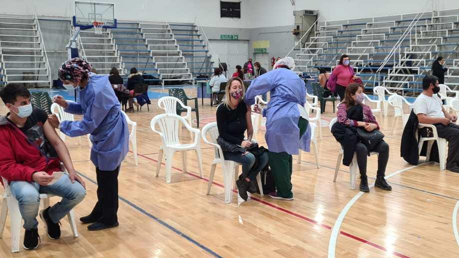 Seguirá el operativo de vacunación en Cutral Co (Foto: Andrea Vazquez)