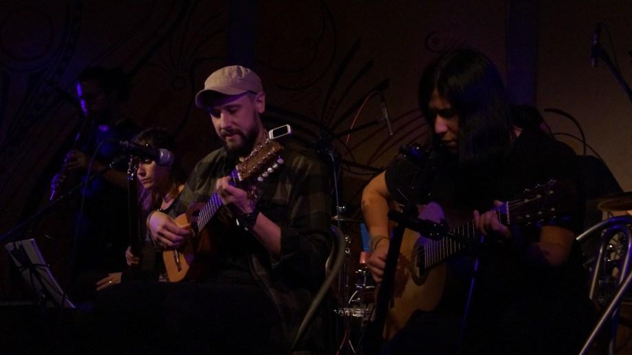 Matías Medús, artista nacido en Junín de los Andes que recorre el mundo con la música.