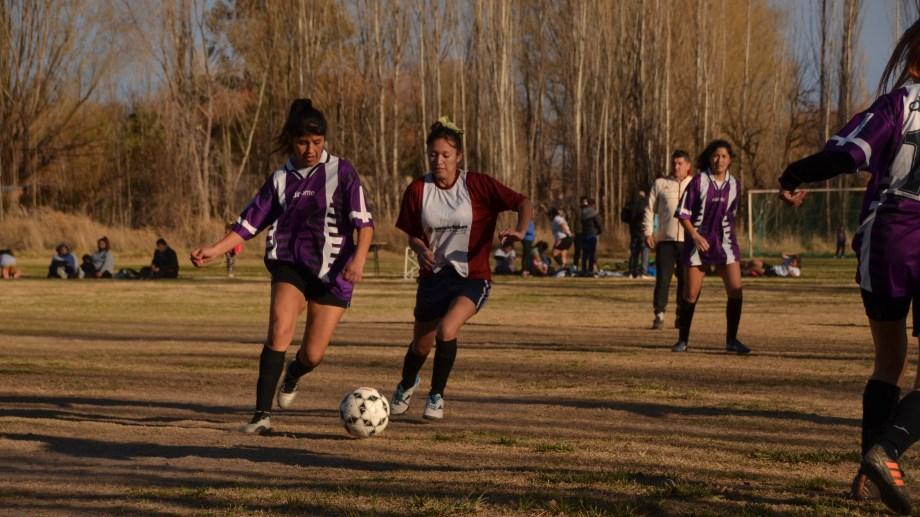 Se vienen las clases de Fútbol Infantil para niñas y niños de entre 7 y 11 años.
