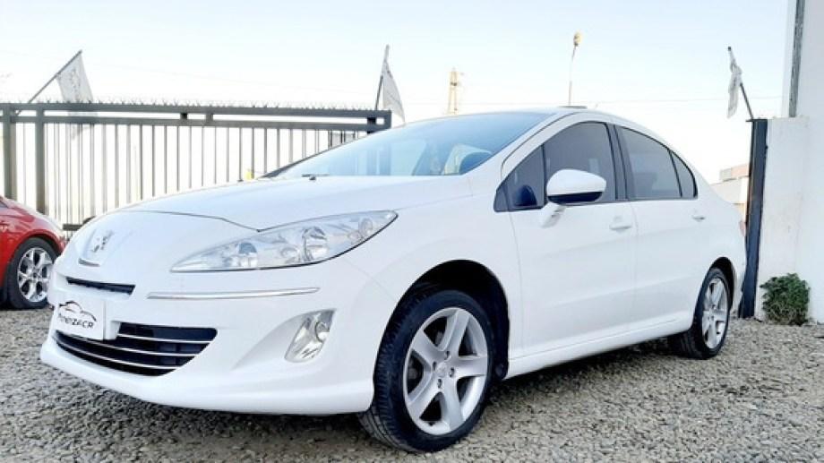 El coche, similar al de esta imagen, nunca fue retornado al dueño de la agencia.-