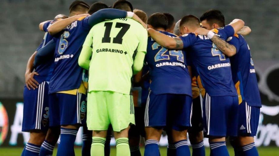 El plantel de Boca viene de quedar eliminado de la Copa Libertadores y hoy entrenó en Casa Amarilla.