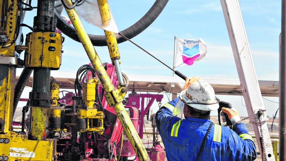 Venezuela quiere subir sus extracciones a 1,5 millones de barriles diarios para fin de año. (Foto: gentileza)