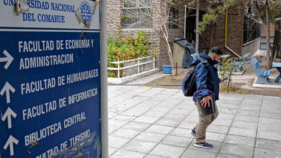 La Universidad del Comahue planteó un 2021 virtual. (Archivo Florencia Salto).