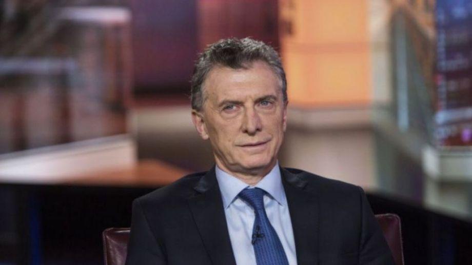 Macri es investigado tras el envío de material represivo a Bolivia.
