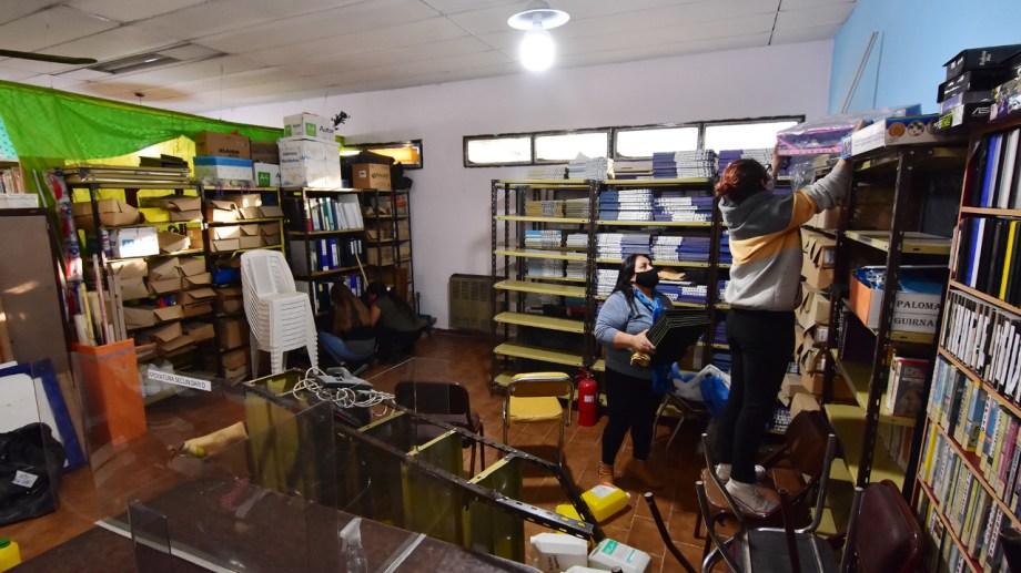 La biblioteca Juan Benigar en Plaza Huincul reabrió sus puertas (Gentileza)