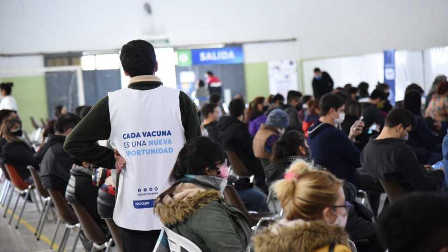 El operativo de vacunación en Neuquén  será libre. Foto: Florencia Salto