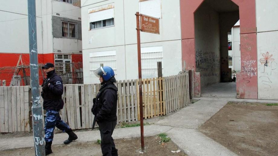 Los tiros en el barrio Ceferino (1016 viviendas) es cada vez más frecuente.  Foto Archivo: Marcelo Ochoa.