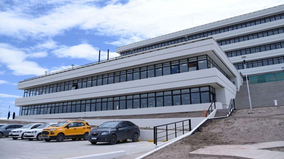 El nuevo edificio municipal de Oeste de Neuquén. Foto: Florencia Salto