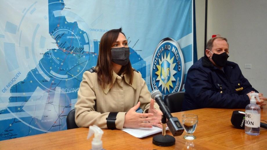 Minor y Tellería durante la conferencia de prensa en Viedma. Foto: Marcelo Ochoa.