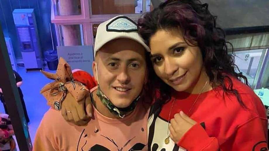 La cantante iba con su marido y su bebé cuando, según testigos, fueron embestidos por otro vehículo.