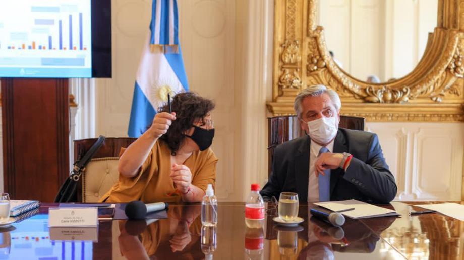 La ministra Carla Vizzotti y el presidente Alberto Fernández. Foto: Archivo.