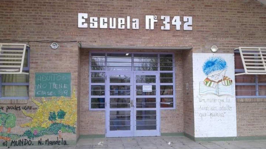 La escuela 342 de El Chañar es una de las que estuvo en el foco de las denuncias por problema de mantenumiento.  Foto: Gentileza