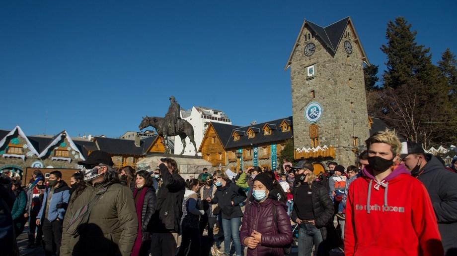 Turistas y residentes disfrutaron este fin de semana, en el cierre de la alta temporada, la Fiesta de la Nieve. Foto: Marcelo Martinez