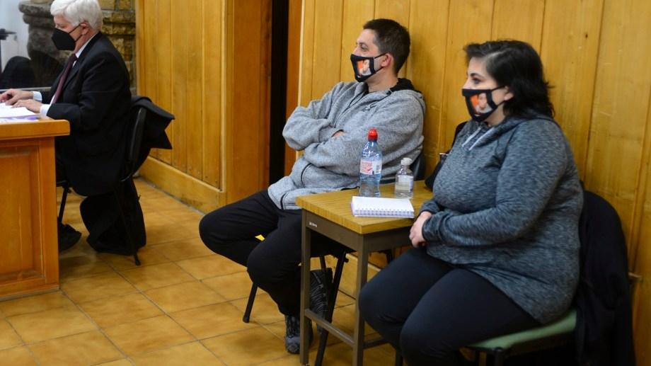 Los padres de Lucas Caro escucharon hoy los testimonios respecto de la conducción temeraria de Matías Vazquez. Foto: Alfredo Leiva
