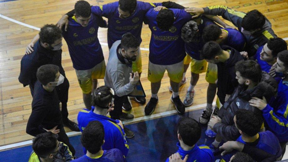 Kaas seguirá como DT de Del Progreso en la Liga Argentina de básquet. Foto: Andrés Maripe